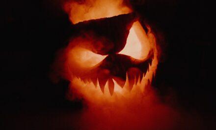 Fremvirkes næste Forsamlingshus: Halloween – Dommedagsextravaganza!
